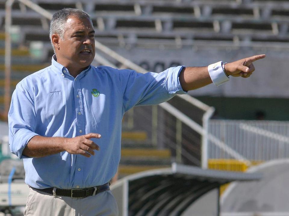 Couceiro e o FC Porto: «Se alguém prepara para não perder, perde»