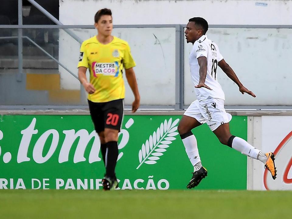 957764f986 V. Guimarães  transferência de Rincón para a Argentina caiu ...