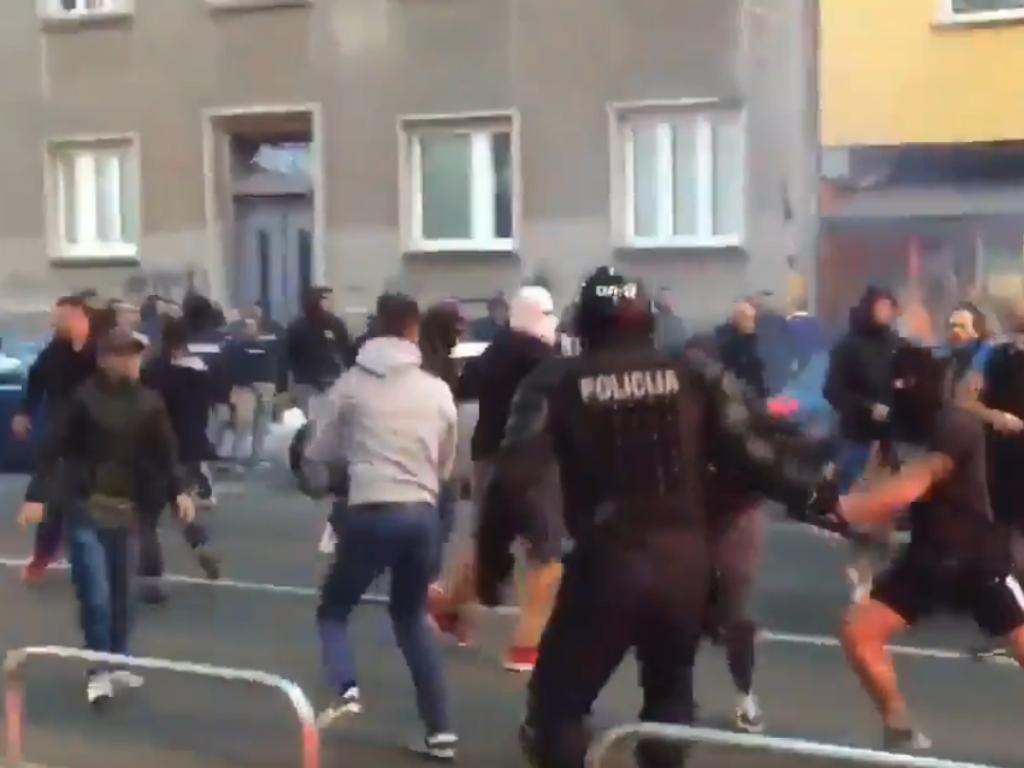 VÍDEO: adeptos em confronto antes do Maribor-Spartak