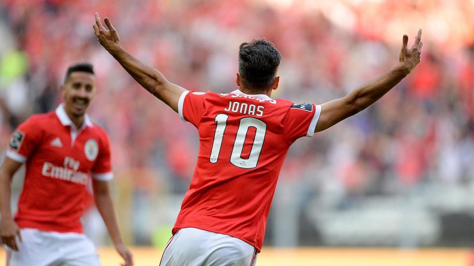 VÍDEO: Jonas inaugurou desta forma o marcador em Guimarães