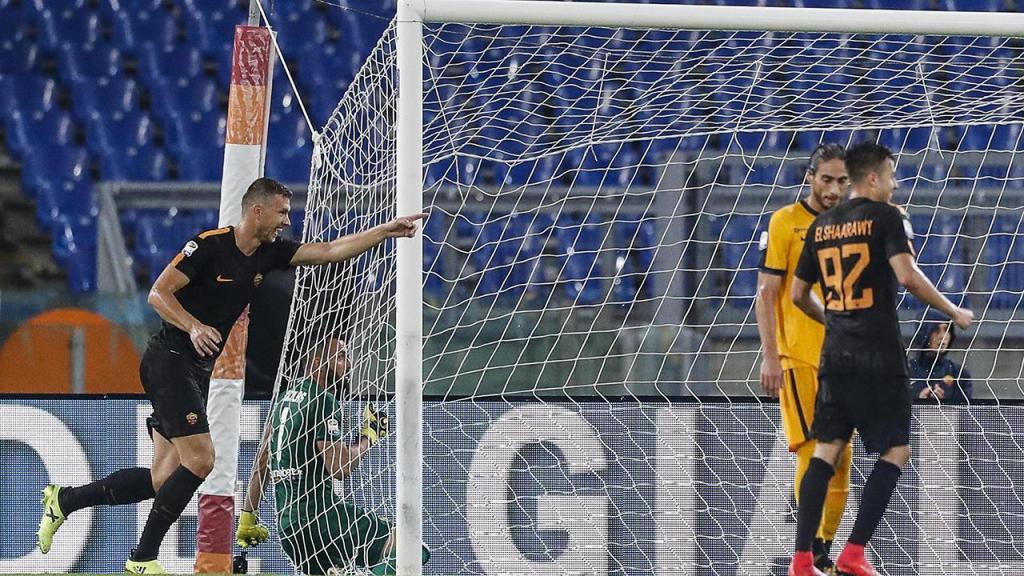 Itália: Roma vence Hellas Verona com bis de Dzeko