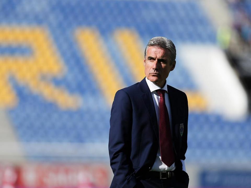 Luís Castro: «Só consigo fazer crescer a equipa expondo-a»
