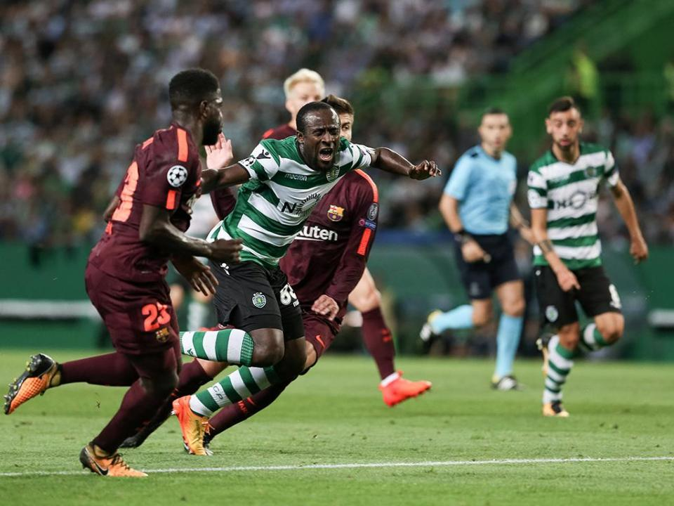 Sporting viaja para Barcelona sem Doumbia