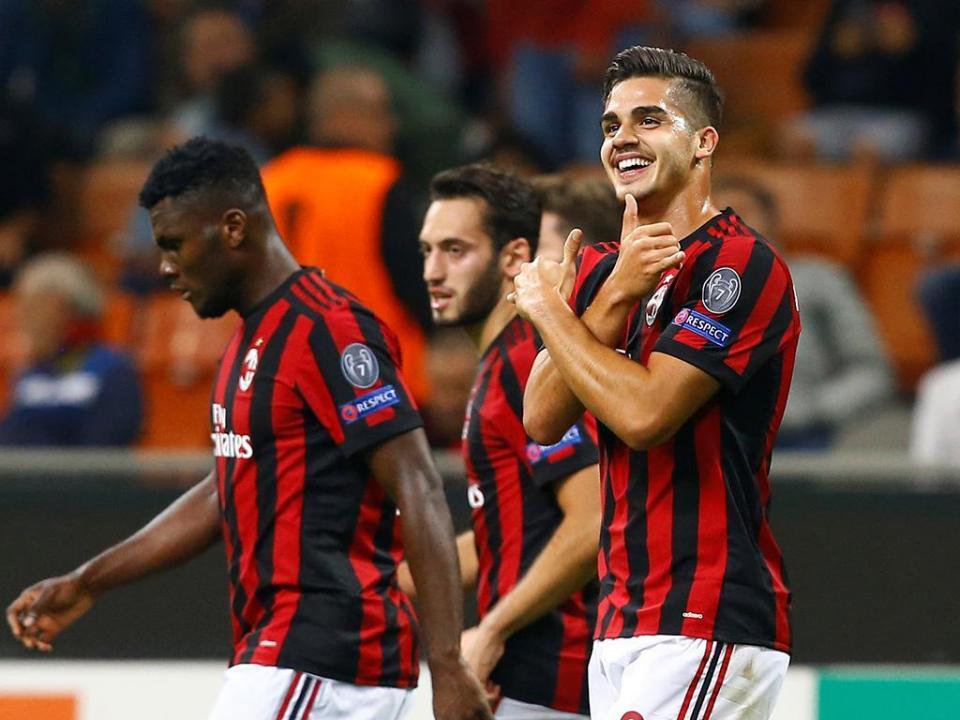 LE: 90 minutos de André Silva na derrota do AC Milan