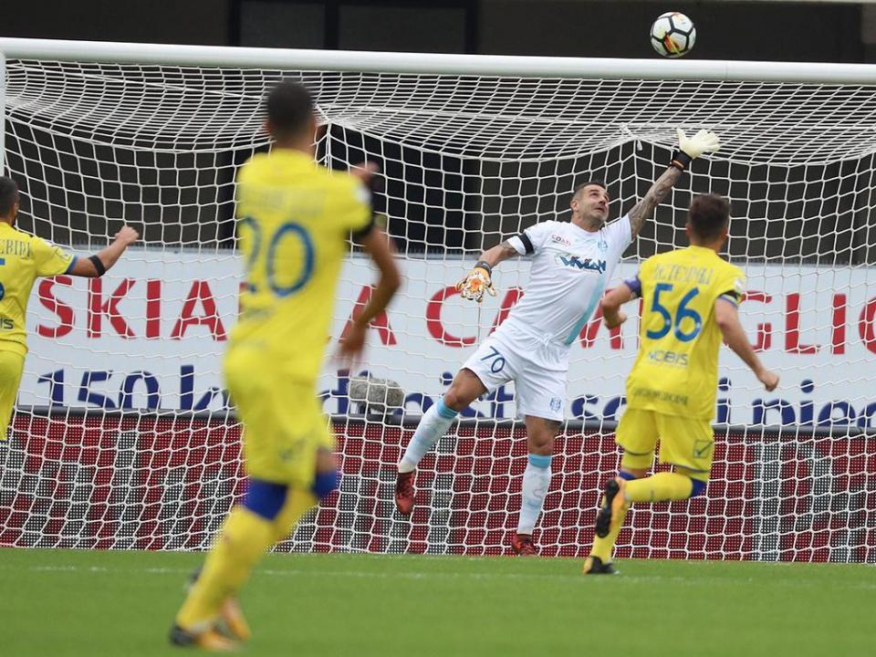 Itália: Hellas Verona elimina Chievo no dérbi da Taça