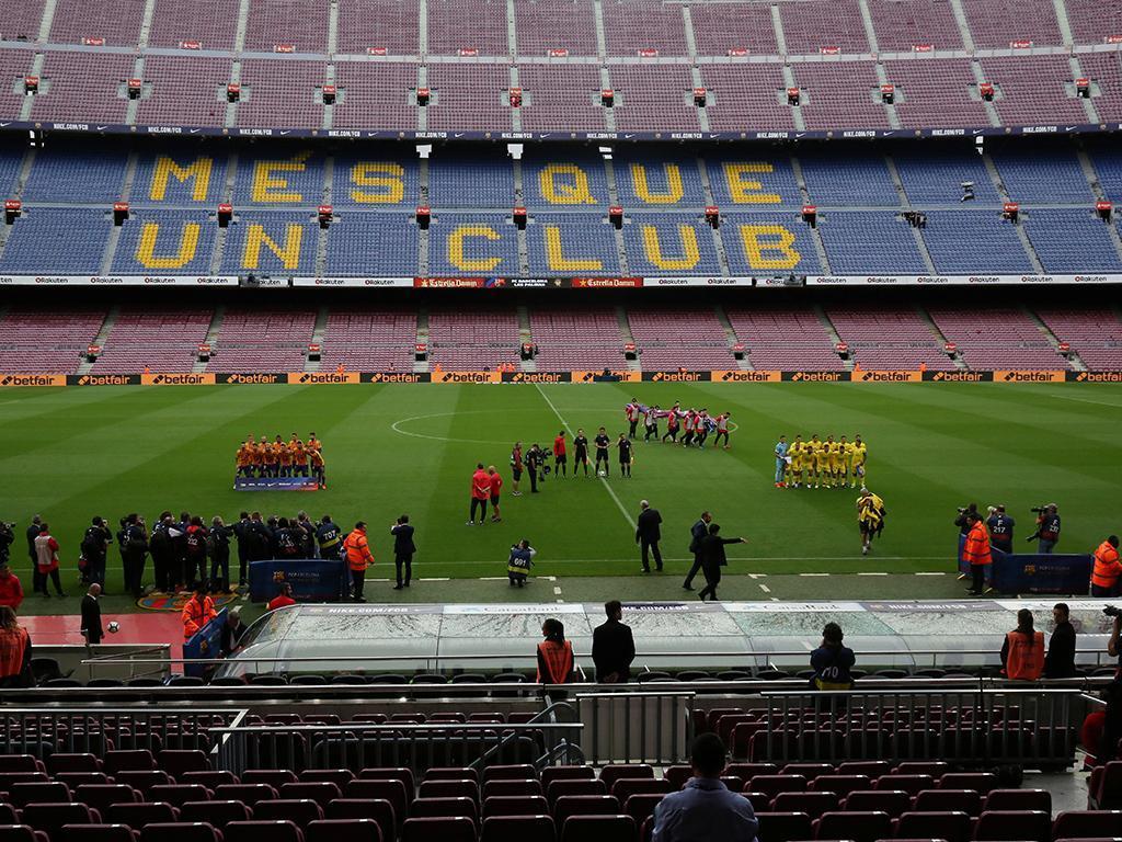Barcelona: diretor geral admite continuar na Liga espanhola