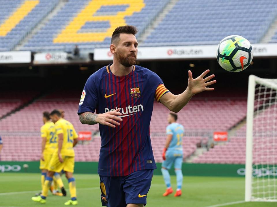 883459e66a Atenção Sporting  Messi faz história no triunfo do Barcelona frente ao Las  Palmas