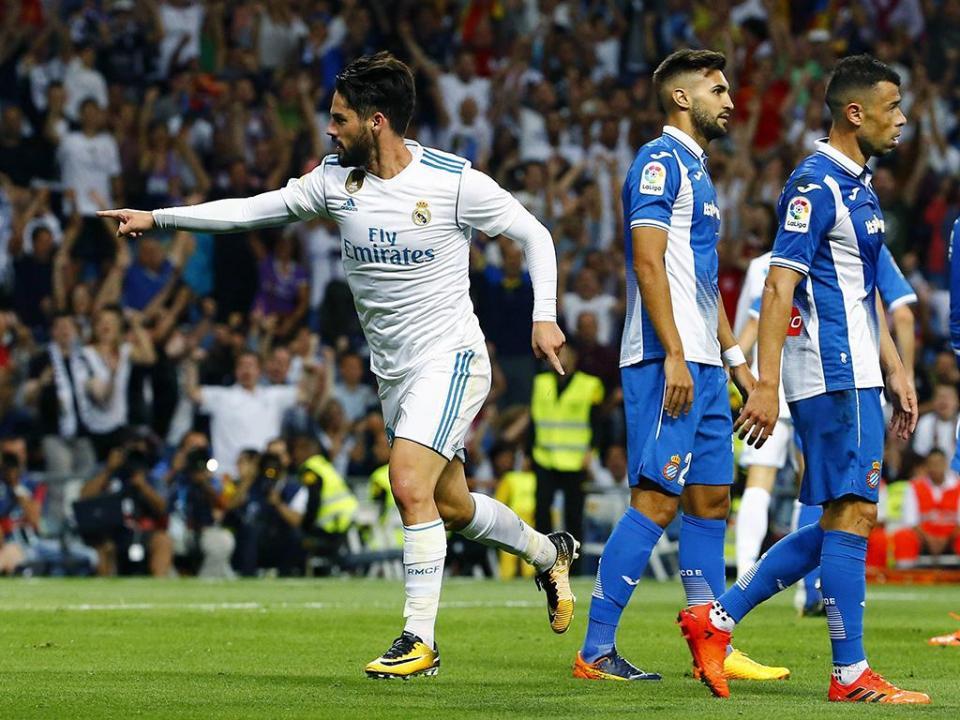 Real Madrid estreia-se a ganhar no Bernabéu 79c630a1bdc68