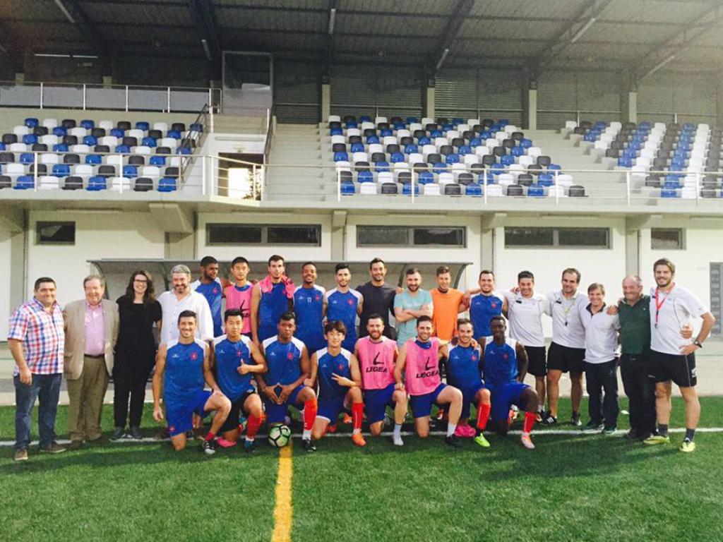 Sporting aceita jogo com Oleiros em relvado sintético