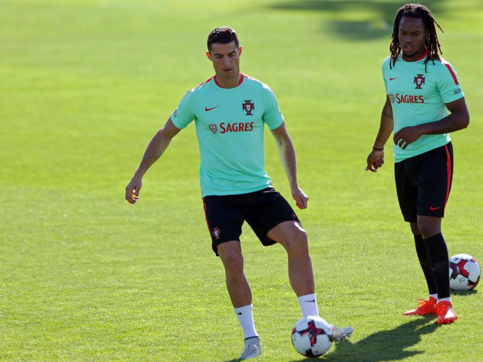 Seleção: Renato à parte no treino de adaptação