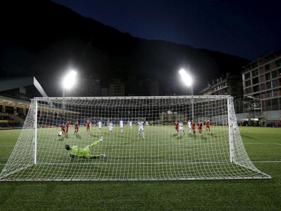 Casa do Benfica em Andorra foi pioneira...a sofrer 100 golos