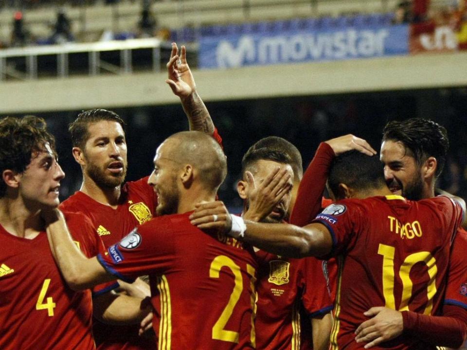 Espanha  Thiago Alcântara abandona seleção devido a lesão ... d825457c910b9