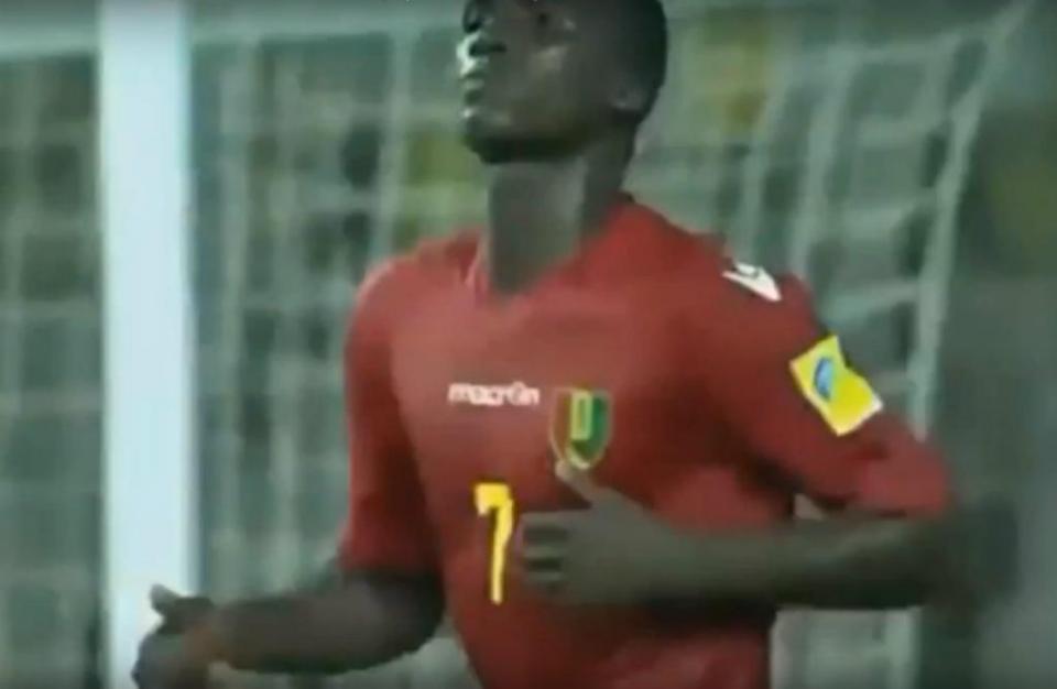 VÍDEO: marcou no Mundial sub-17...aos 14 anos