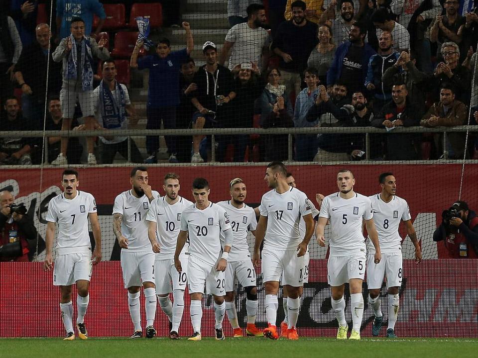 Finlândia e Grécia vencem e lideram grupo  1af67545cf2ef