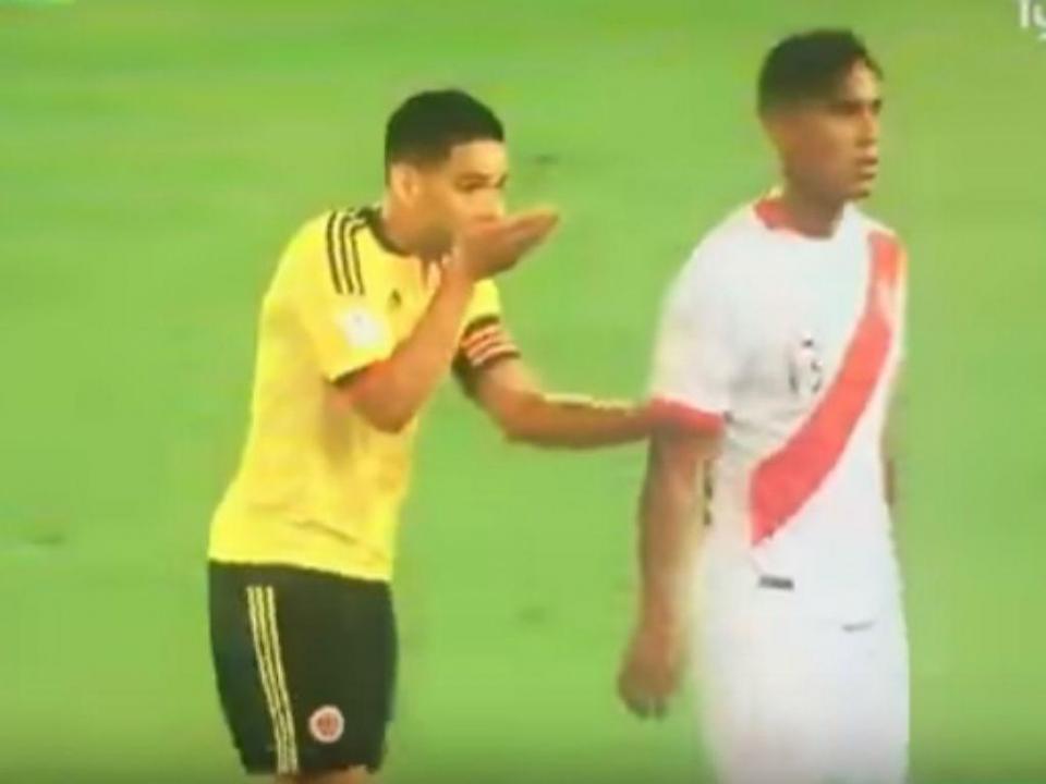VÍDEO: Falcao convenceu os peruanos a jogar para o empate?
