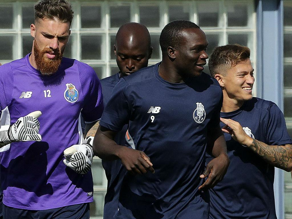 FC Porto: Danilo e Aboubakar já treinaram esta quarta-feira