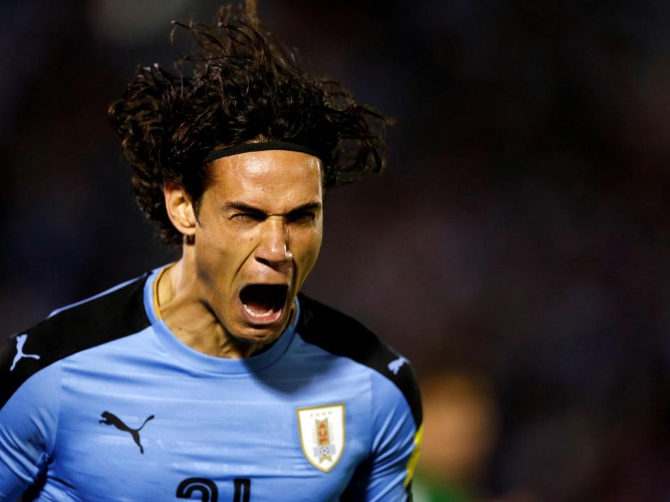 Sem Maxi e Coates, Uruguai bate Rep. Checa com tremendo golo de Cavani