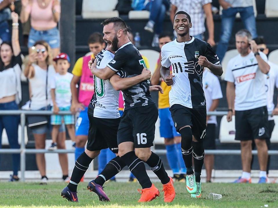 CP  Farense e Mafra garantem subida à Segunda Liga  72a1b52405140