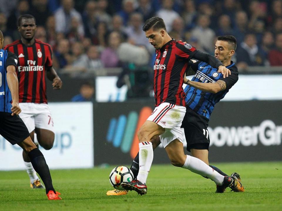 Milan-Inter: André Silva no banco, João Mário e Cancelo titulares