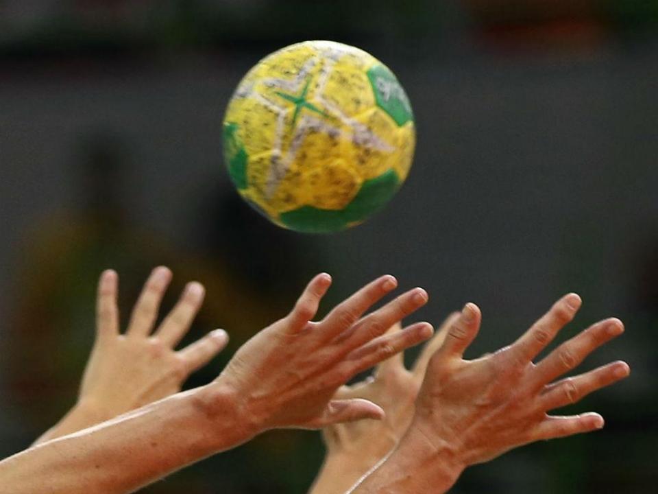 Andebol: Madeira SAD nas «meias» da Taça Challenge