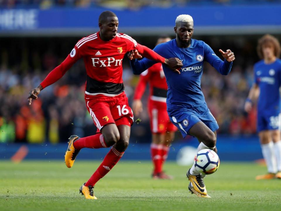 OFICIAL: Watford prolonga contrato com Abdoulaye Doucouré