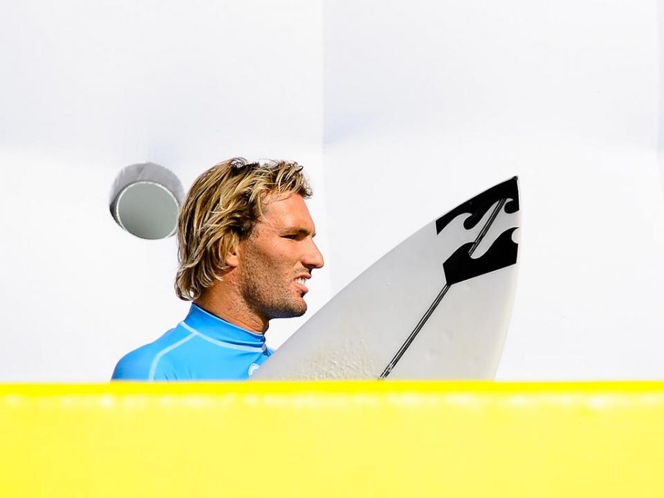 Surf: Frederico Morais na seleção europeia para piscina de ondas