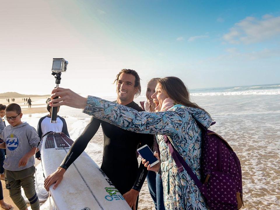 Surf: Frederico Morais vence e segue para a terceira ronda em Bali