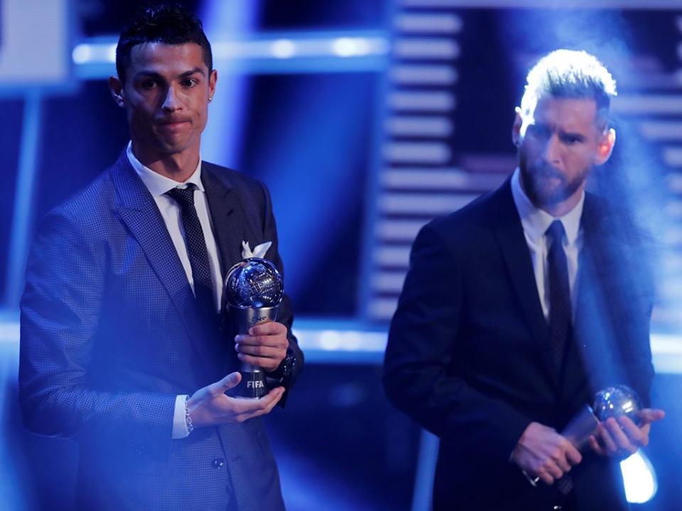«Cristiano Ronaldo está obcecado em derrotar Messi»