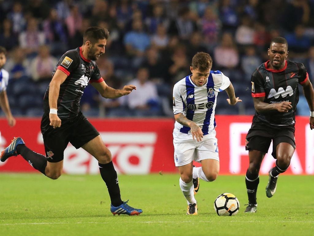 FC Porto-Liverpool: Marcano de volta e Otávio de início