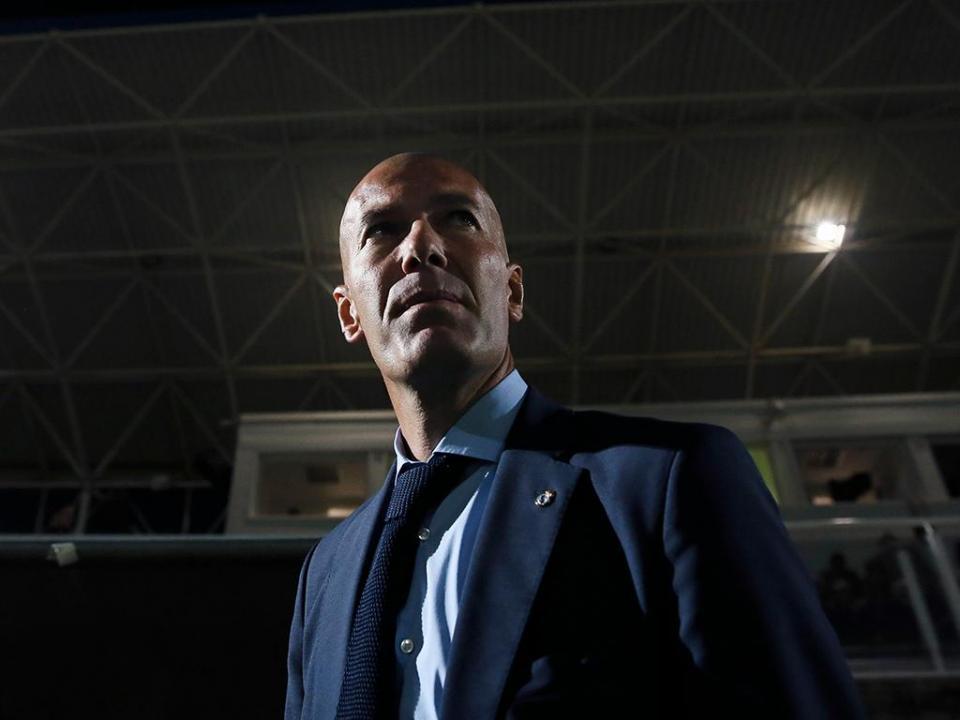 Zidane: «Querem o Real a ganhar por cinco mas não é fácil»