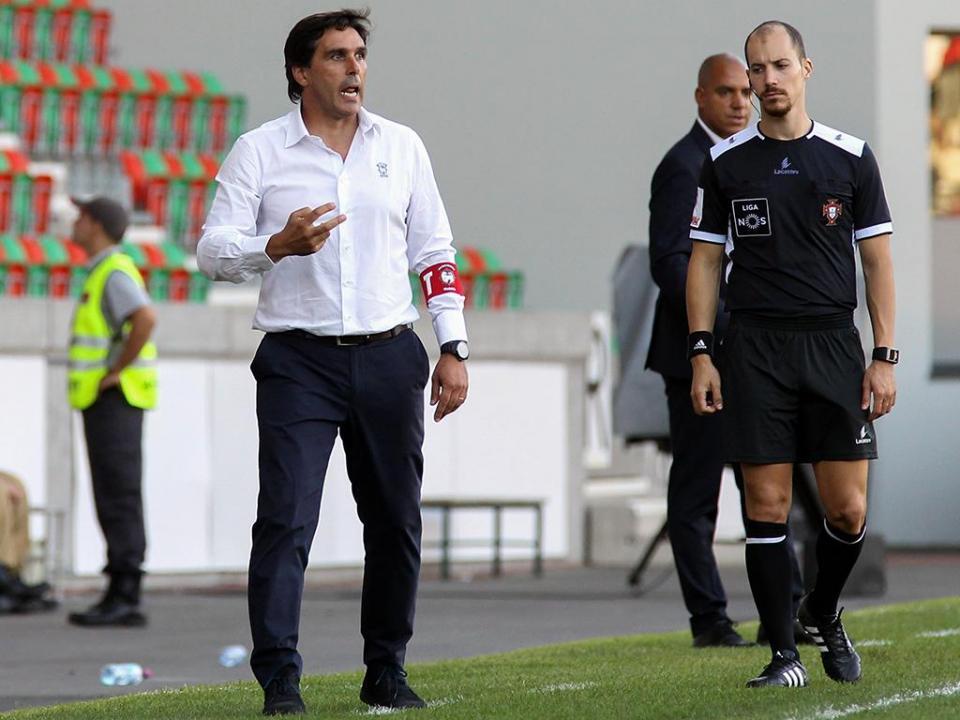 Daniel Ramos queria «mais quatro defesas» para controlar o FC Porto