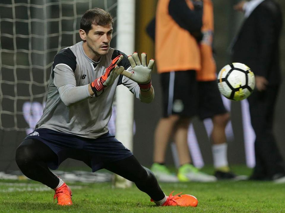 Casillas recorda primeira convocatória: «Estava na aula e bateram à porta»