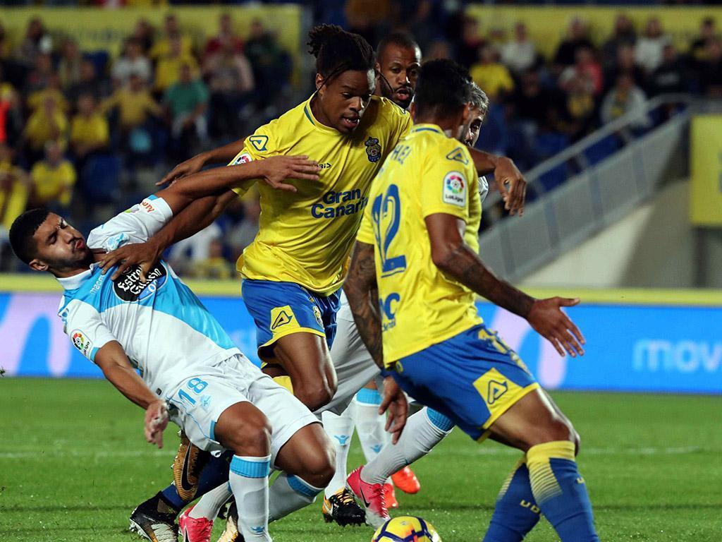 Espanha: Deportivo e Las Palmas empatam em jogo de aflitos