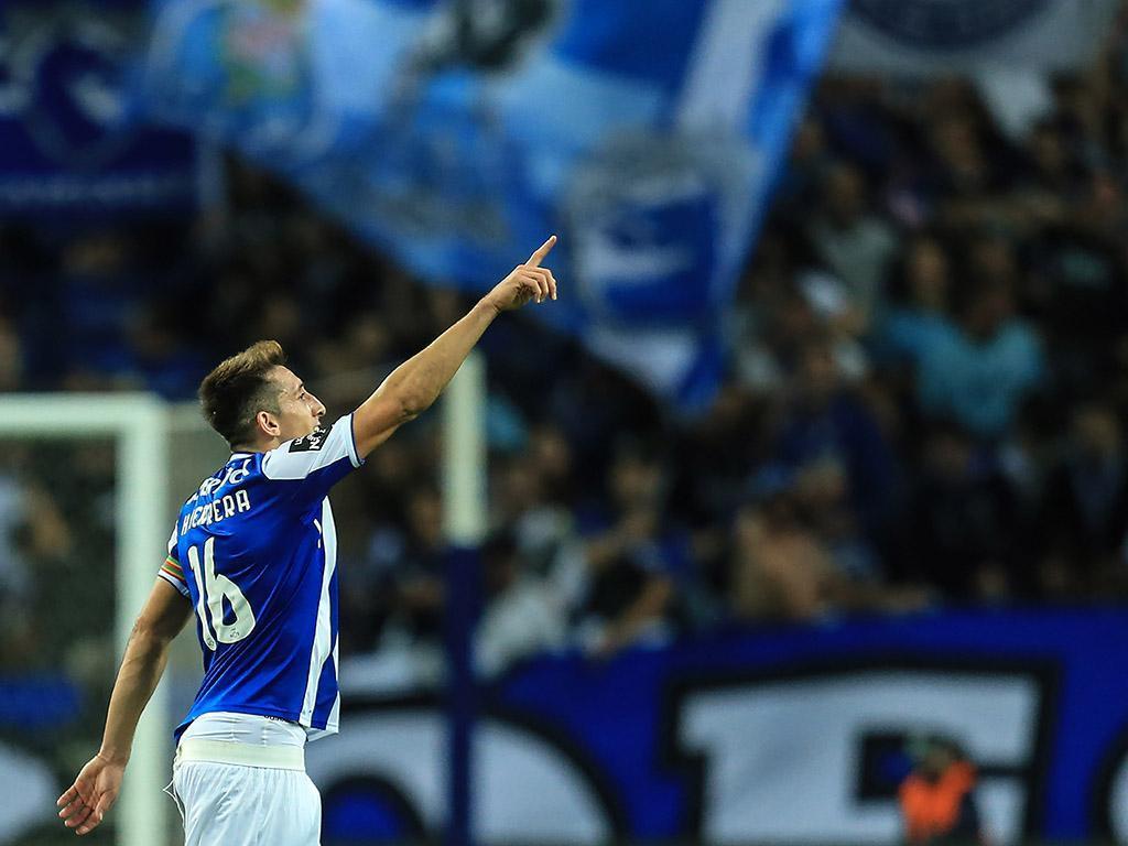 FC Porto: Herrera regressa aos treinos sem limitações
