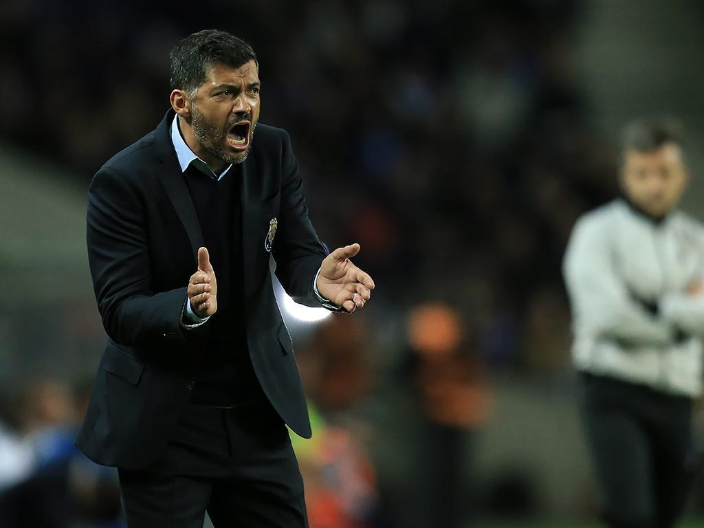 VÍDEO: Ricardo Pereira faz o primeiro do FC Porto na Vila das Aves