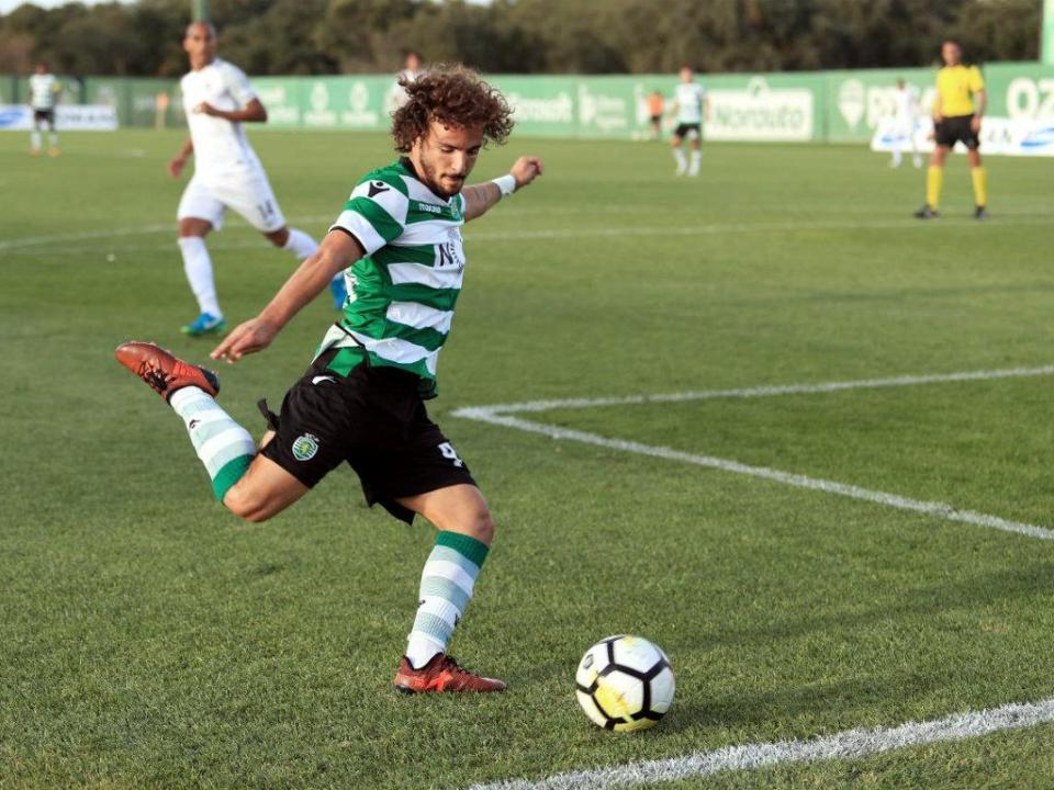 II Liga: Sporting perde com V. Guimarães em duelo de bês