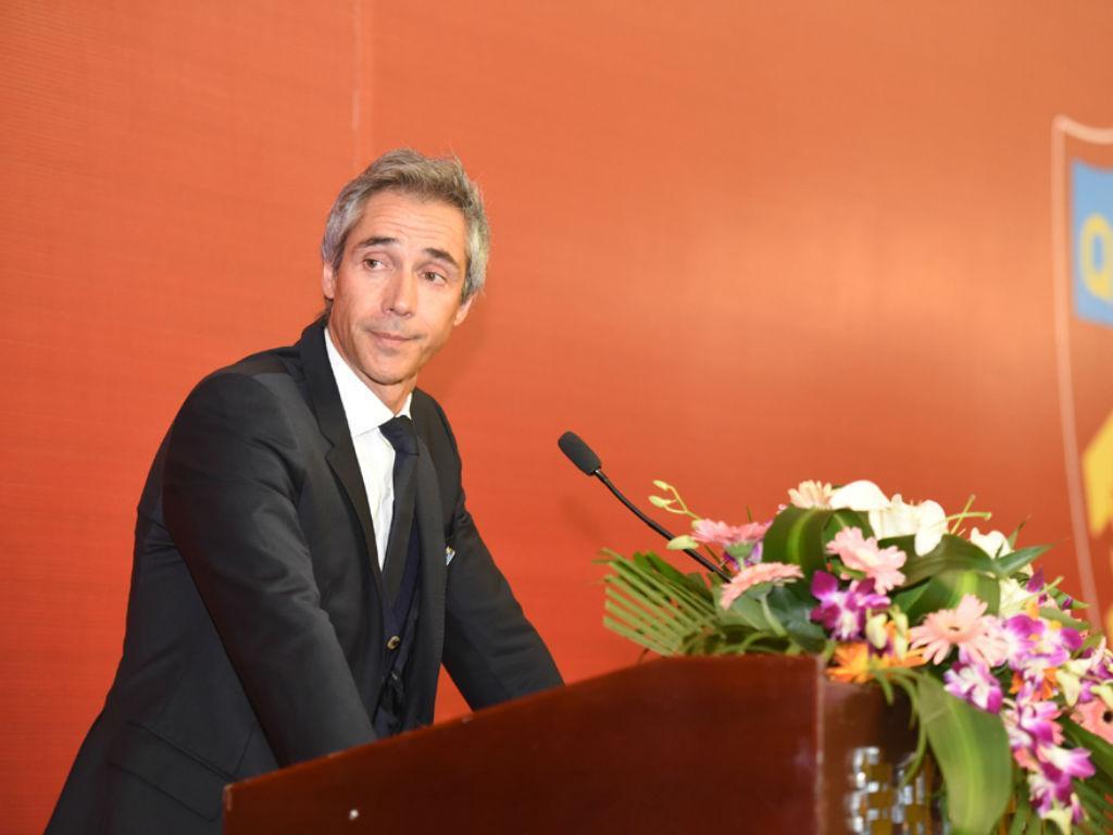 Paulo Sousa é treinador do Tianjin Quanjian