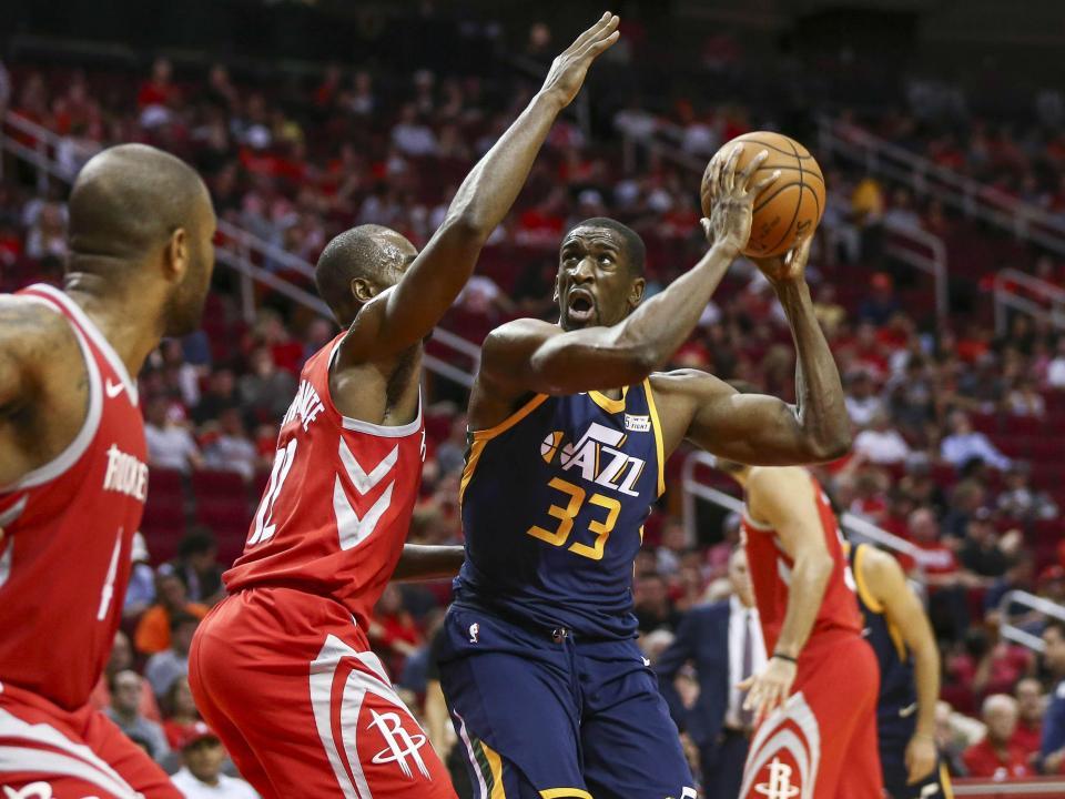 NBA: Jazz surpreendem Rockets e empatam série