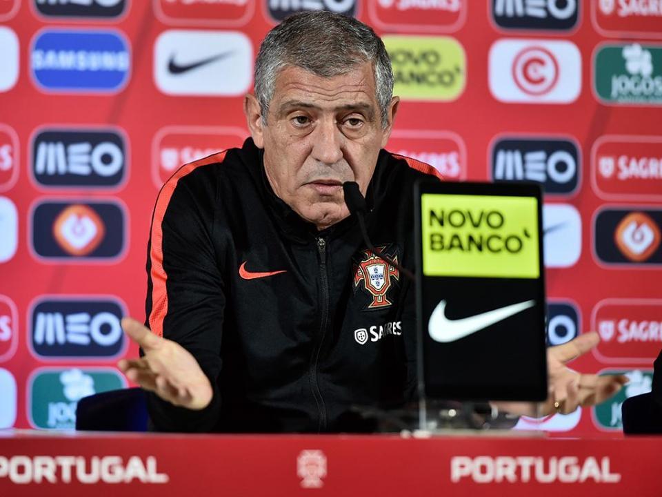 Santos: «Jogadores não estão aqui para fazer nenhum teste»