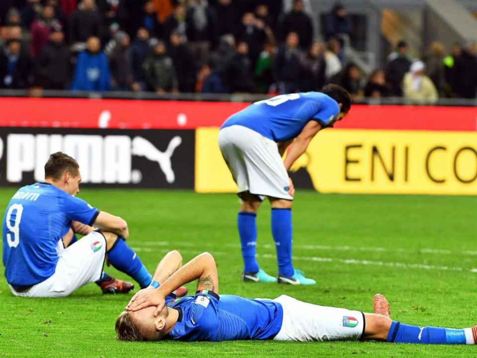 «Que se vão as múmias que gerem o futebol italiano»
