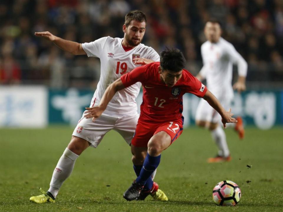 Sérvia empata na Coreia com Zivkovic a titular