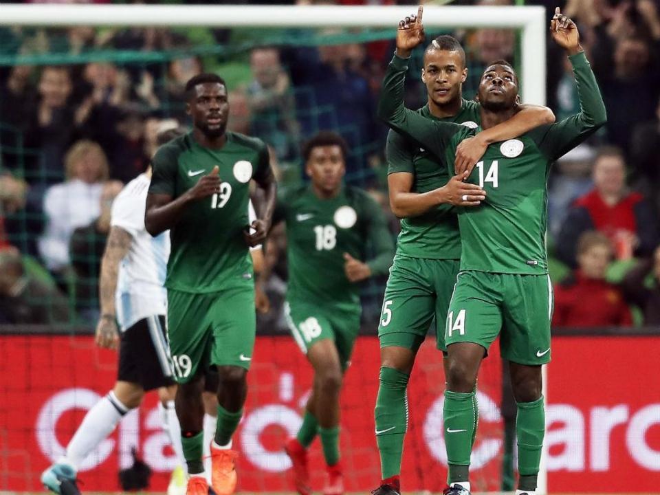Mundial: reforço do Benfica e jogadores do FC Porto na «pré» da Nigéria