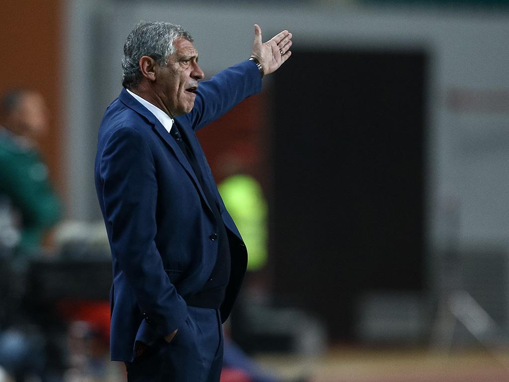 Portugal-Holanda: Fernando Santos só não troca dois (equipas)