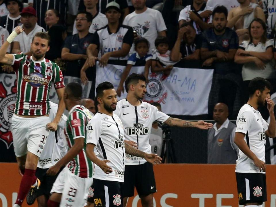 West Ham pagou cláusula de rescisão de Balbuena ao Corinthians