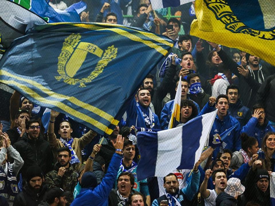 II Liga: Famalicão vence Arouca e cola-se ao segundo lugar