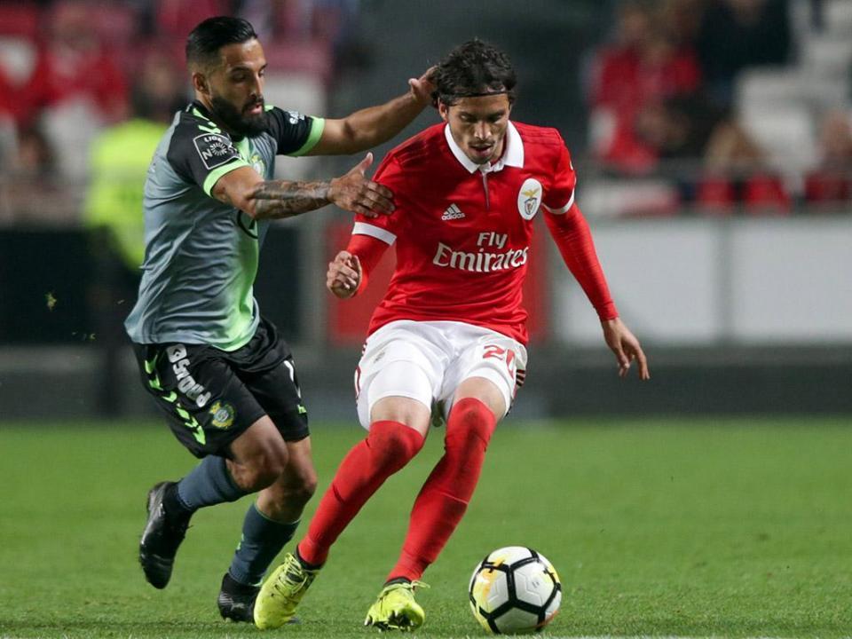 Benfica prepara V. Setúbal apenas sem Krovinovic