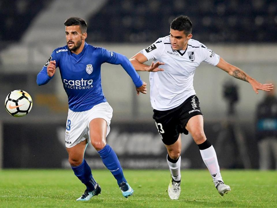 OFICIAL: Tiago Silva em definitivo no Feirense