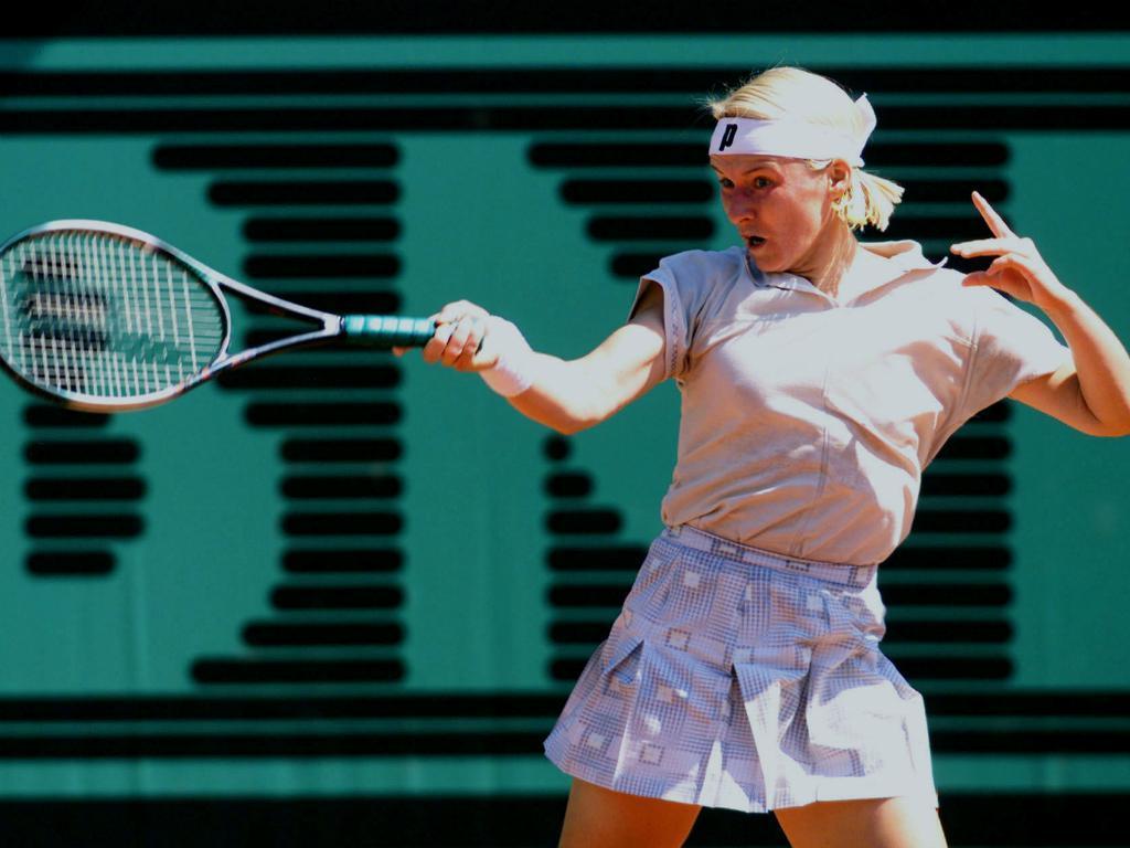 Aos 49 anos, morre campeã de Wimbledon Jana Novotna