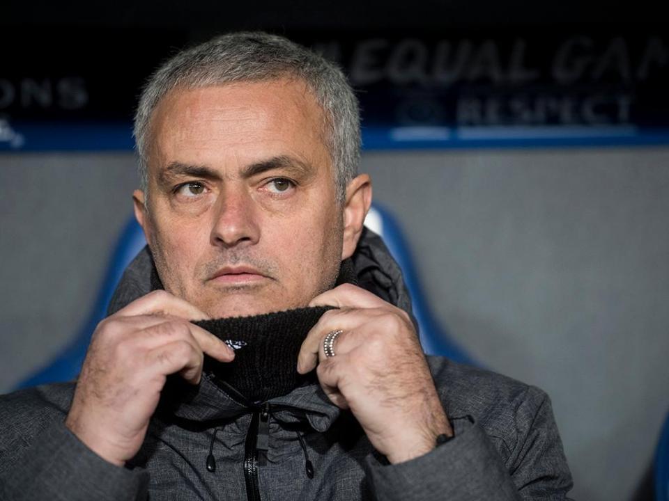 FA pede esclarecimento a Mourinho sobre palavras pré-dérbi