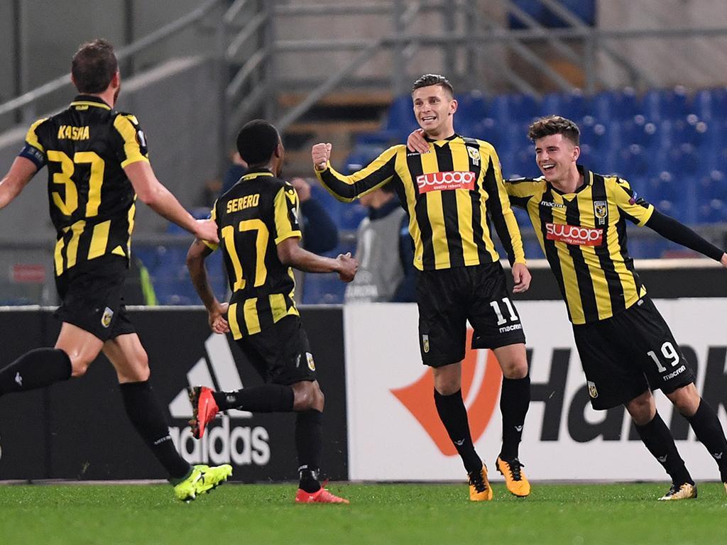Holanda: Vitesse e Utrecht vencem e vão disputar acesso à Liga Europa